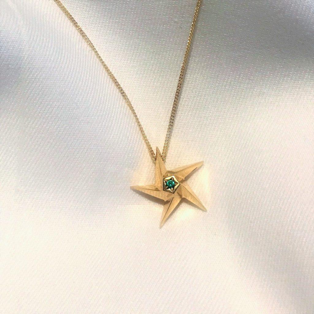 Emerald Little Star Pendant Necklace Daou
