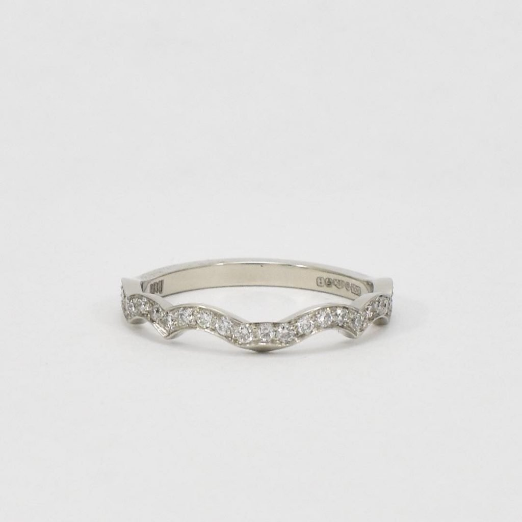 Diamond Fitted Wedding Ring Daou